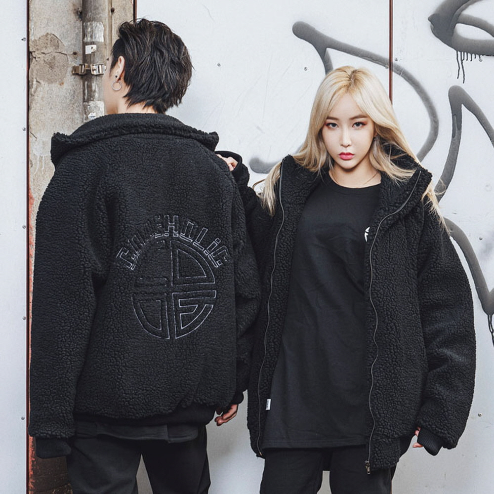 [CODEHOLiC] Unisex DUMBLE Jacket - Black