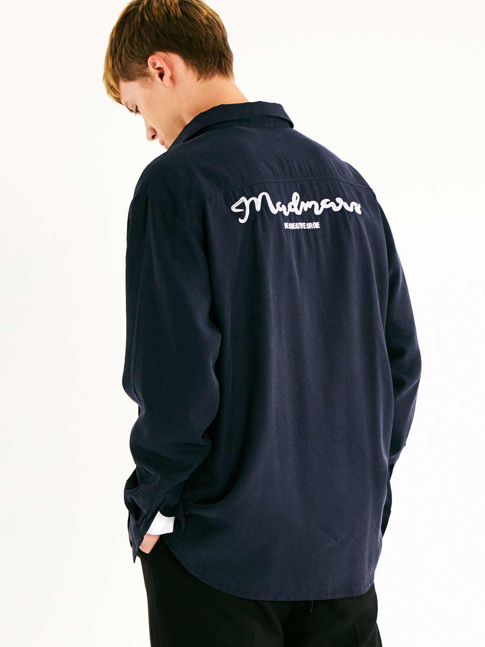 [매드마르스]EMBROIDERED LOOSE SHIRT_NAVY