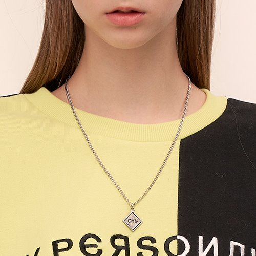 [OY] SQUARE CHAIN NECKLACE