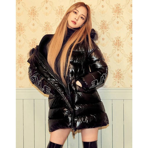 [1차완판기념-2차 출고세일]VIBRATE - GLOSS HOODED DUCKDOWN JACKET(BLACK)
