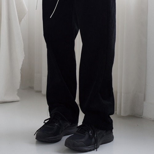 [언라이크룩]CORDUROY PANTS (black)
