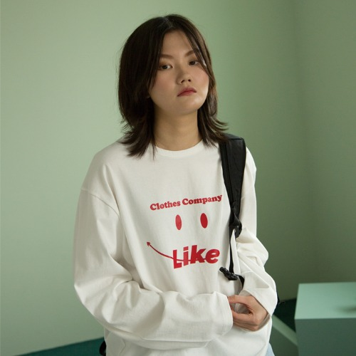 [UNLIKELOOK] SMILE LONG SLEEVE TEE (IVORY)