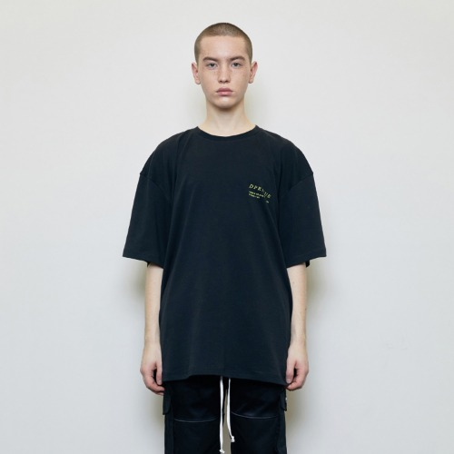 [D.PRIQUE] Oversized 'Visible' T-shirt Black