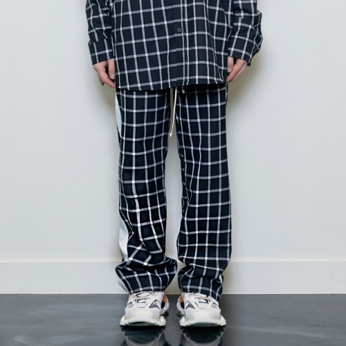 [D.PRIQUE] Check Track Pants Black/White
