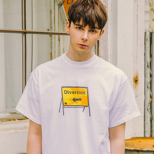 [LAMODECHIEF] LAMC DIVERSION SIGN SHORT SLEEVE (WHITE)