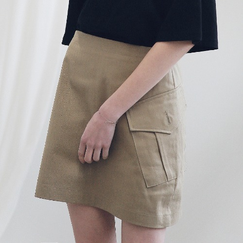 [ARDOROBE] CARGO TWILL COTTON SKIRT ASK191002-BG