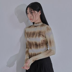 [XYZ] TIE DYE GLOVES TURTLENECK - BEIGE & BROWN