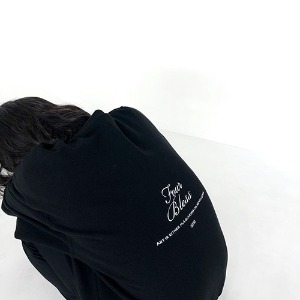 [4BLESS] Lettering Crewneck Black